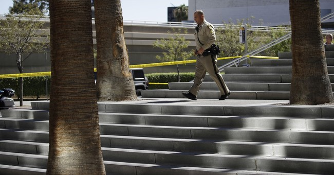 Police: Car hits witness in murder case at Vegas courthouse