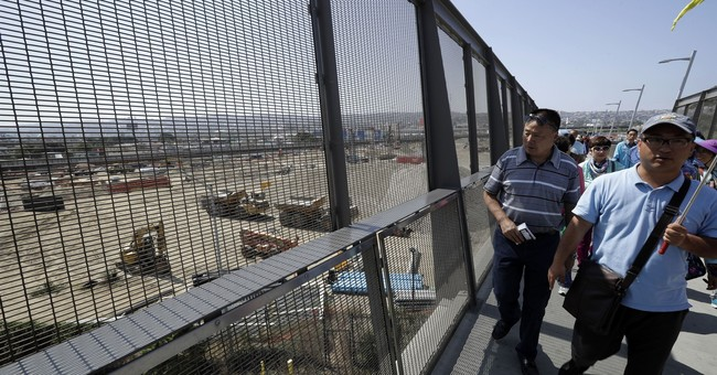 Busy US-Mexico border crossing reopens ahead of schedule