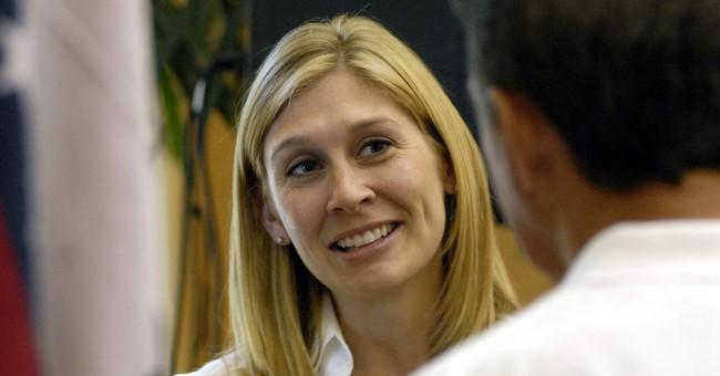 Tillman's widow: Don't politicize Pat in effort to divide