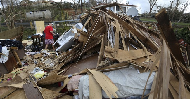 Hurricane Maria expected to pass close to the Carolinas next week