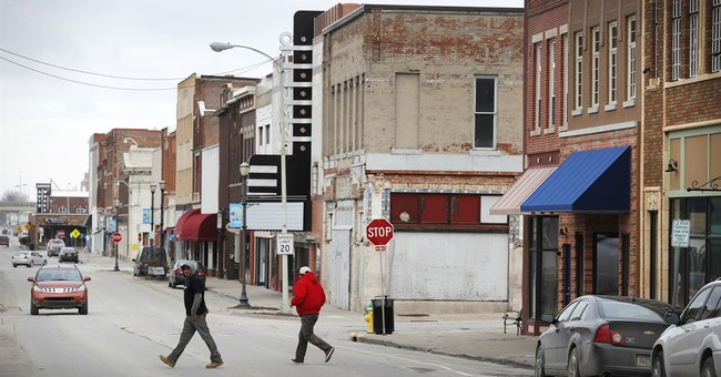 In Iowa, Trump voters cheer changes, dismiss petty fights