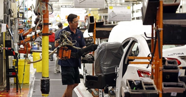 US business spending rises for 3rd month, boosting factories