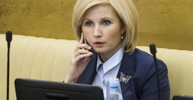 Russian lawmakers decriminalize some domestic violence