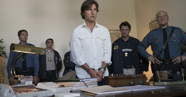 Review: In 'American Made,' a new (but the same) Tom Cruise