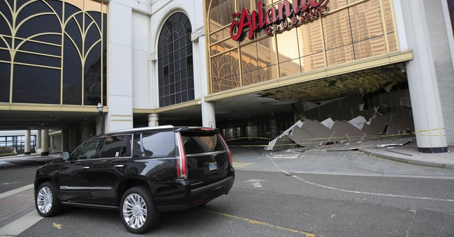 Closed casino's entranceway ceiling collapses; no injuries