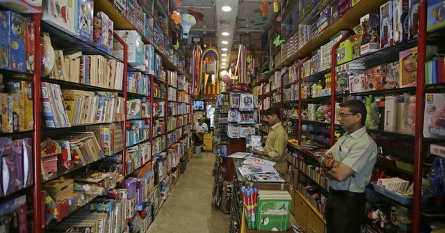 India's flagging economy draws dire warnings of recession