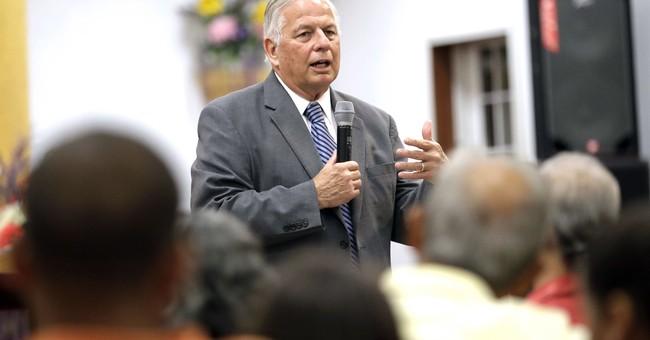 Hispanic Houston district keeps electing US Rep. Gene Green