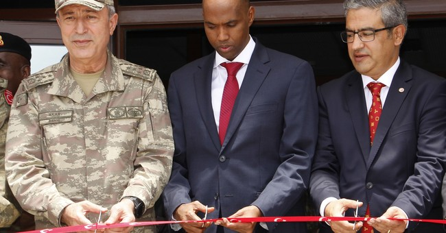 Turkey opens military training base in Somalia capital