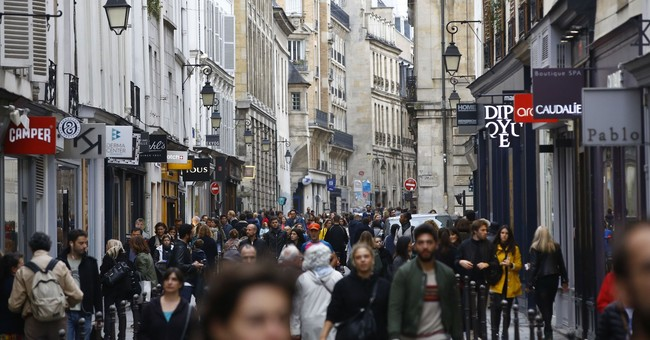 Paris is for walkers and cyclists as city bans cars for day