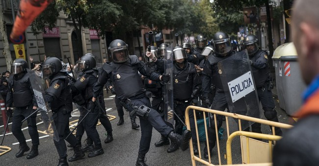 Barcelona game played without fans amid Catalonia vote