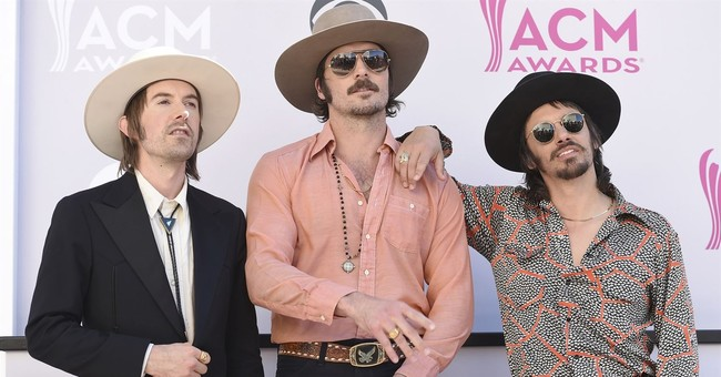 Country trio Midland bring traditional country back to radio
