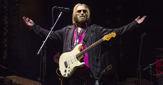 Erroneous reports about Tom Petty's death cause confusion