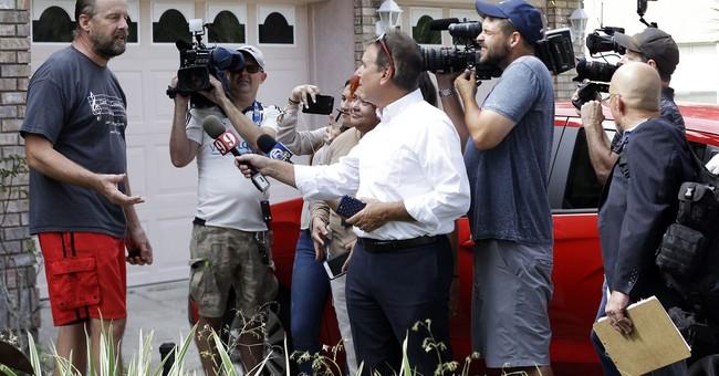 WHAT'S HAPPENING: Las Vegas hotel gunman's motive a mystery