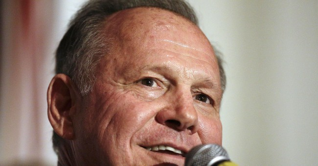 Roy Moore meets some GOP lawmakers, but not top 2 in Senate