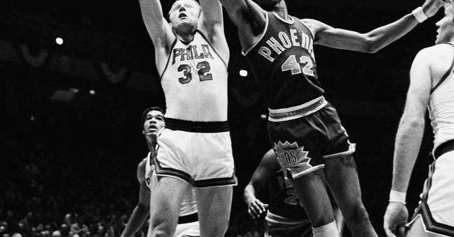 Dazzling basketball great Connie Hawkins dies at 75