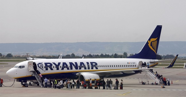 Ryanair's operations chief to step down after cancellations
