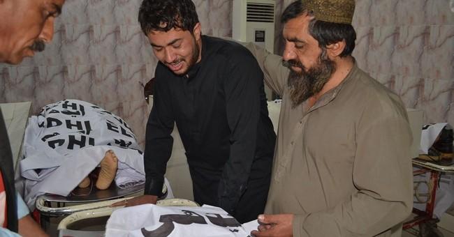 Attack on Shiites kills 5 in Pakistan; 3 soldiers killed