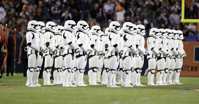 Stormtroopers on Soldier Field introduce 'Last Jedi' trailer
