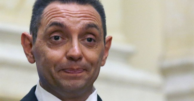 Serb minister reaffirms support for convicted war criminal