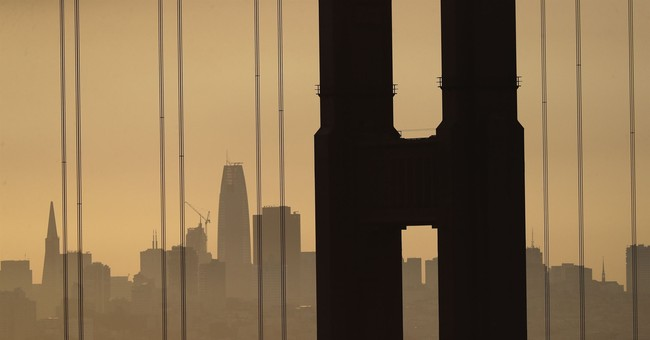 Choking smoke over San Francisco causes delays, closures