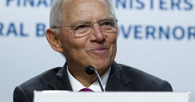 Facing populism, world finance chiefs defend globalization