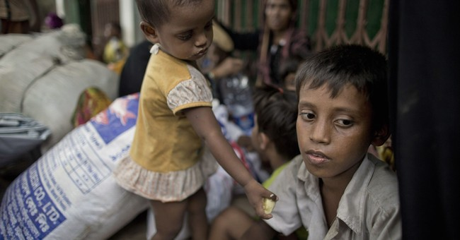 Ex-UN chief Annan: Get Myanmar refugees home, not to camps