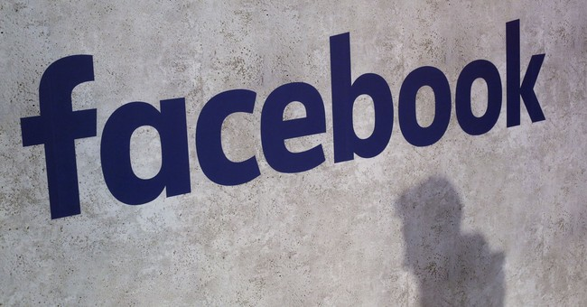 Facebook takes on food delivery, challenges Uber and others