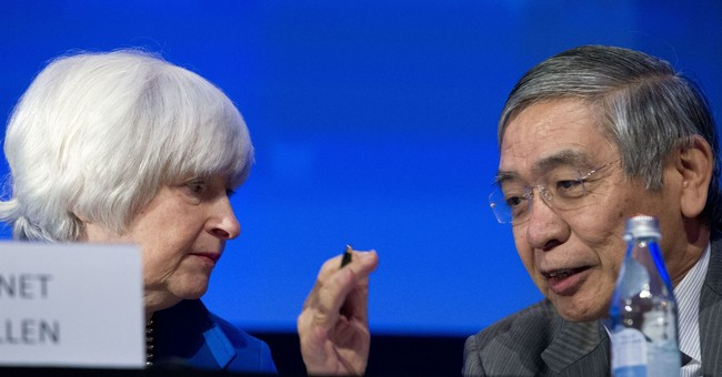 Yellen sounds upbeat on economy, signaling likely rate hike
