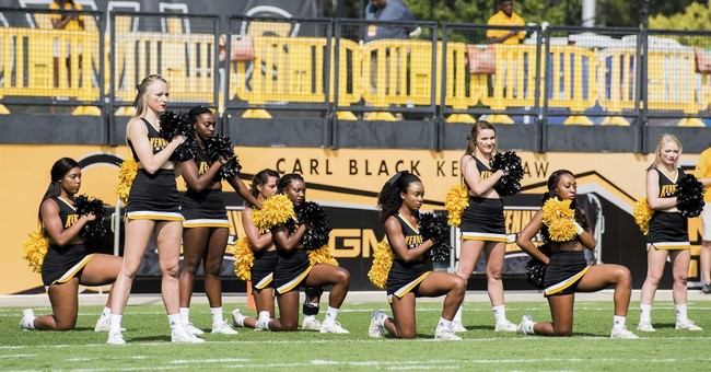 Lawmaker: Mascot wrong to rally for kneeling cheerleaders