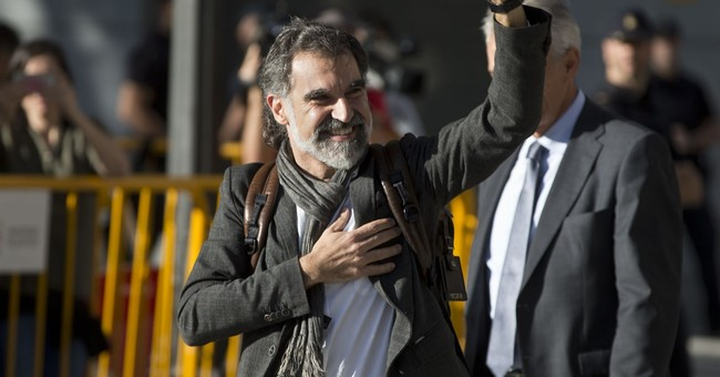 The Latest: Judge jails 2 Catalan independence leaders