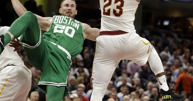 Celtics star Hayward suffers gruesome injury in opener