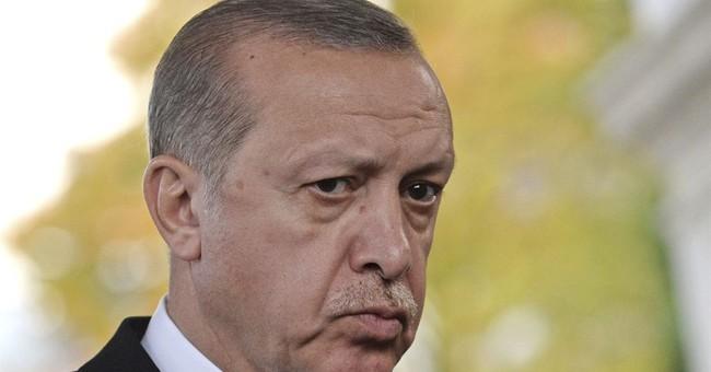 Turkey says it won't buckle in visa dispute