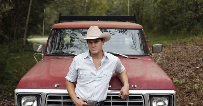 New country traditionalist Jon Pardi dances to his own beat