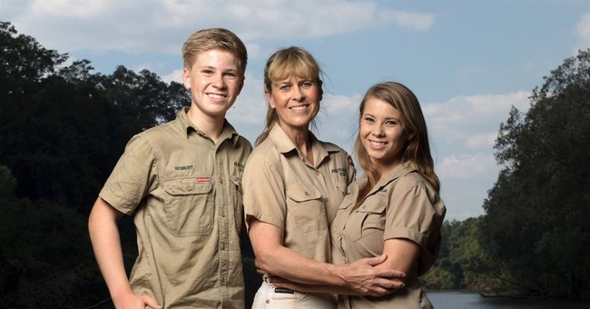 Family of late 'Crocodile Hunter' back at Animal Planet