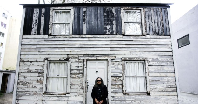 Rescued Rosa Parks house due to return to America