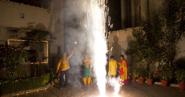 AP PHOTOS: Indians mark Diwali amid pollution concerns