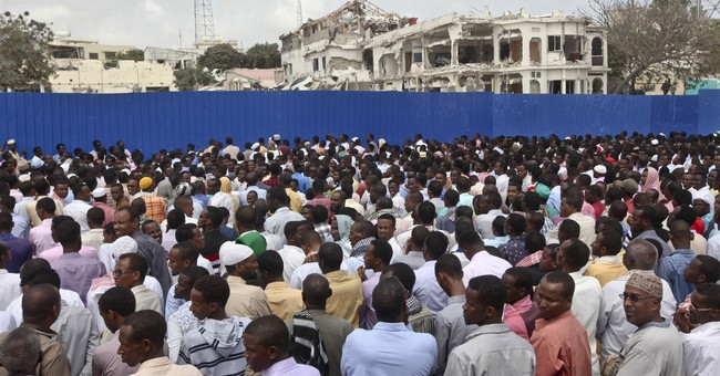 Somalia readies for 'state of war' as death toll up to 358