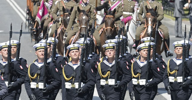 Poland commits to spend 2.5 percent of its GDP on defense