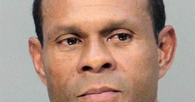 FBI: No foreign terror links in Florida mall bomb plot