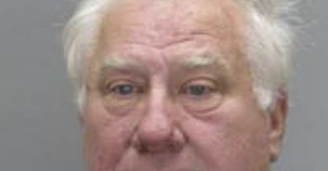 Ex-big leaguer Ray Knight arrested, charged with assault