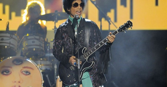 Pharmacists cited for trying to see Prince's medical records