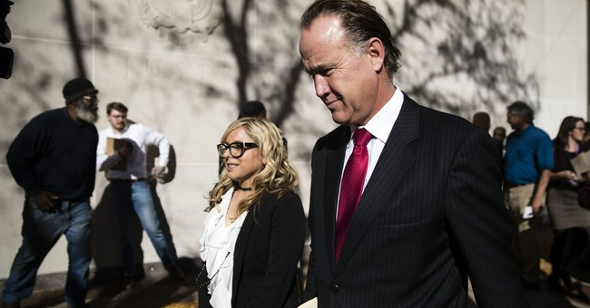 Ex-Philadelphia district attorney gets 5-year term for bribe