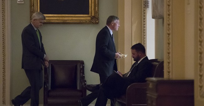 Senate intelligence panel votes to renew surveillance law