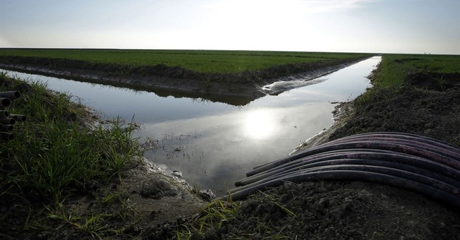 The Latest: Trump administration doesn't support water plan