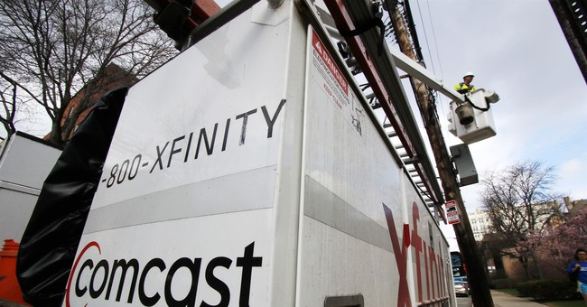 Comcast beats 3Q profit forecasts