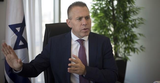 Top minister says settlement boycott equals Israel boycott