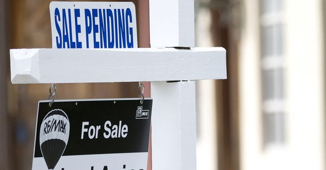 US pending home sales flat in September