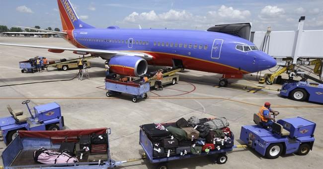 Southwest beats 3Q profit forecasts