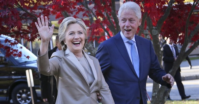 Hillary Clinton cheered at Broadway's 'The Color Purple'