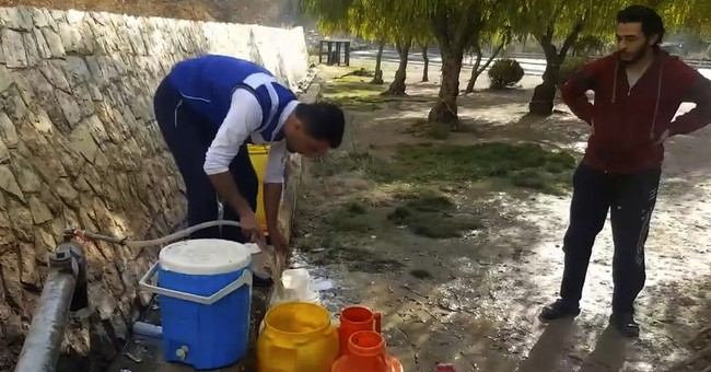 Water crisis in Syrian capital as government attacks valley